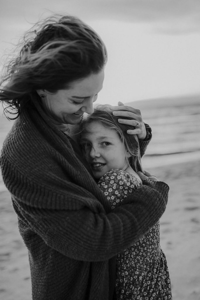 mother daughter beach session