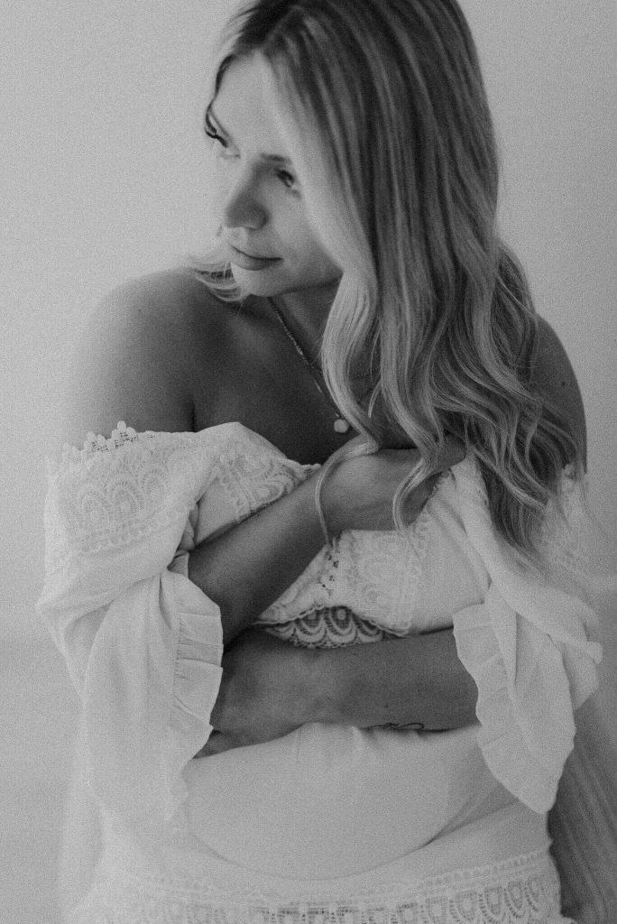 in studio maternity photo